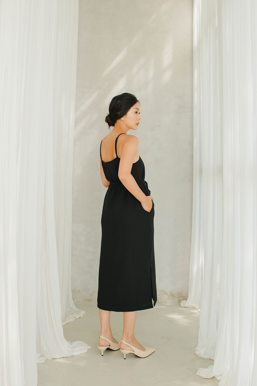 Picture of Arla in Black