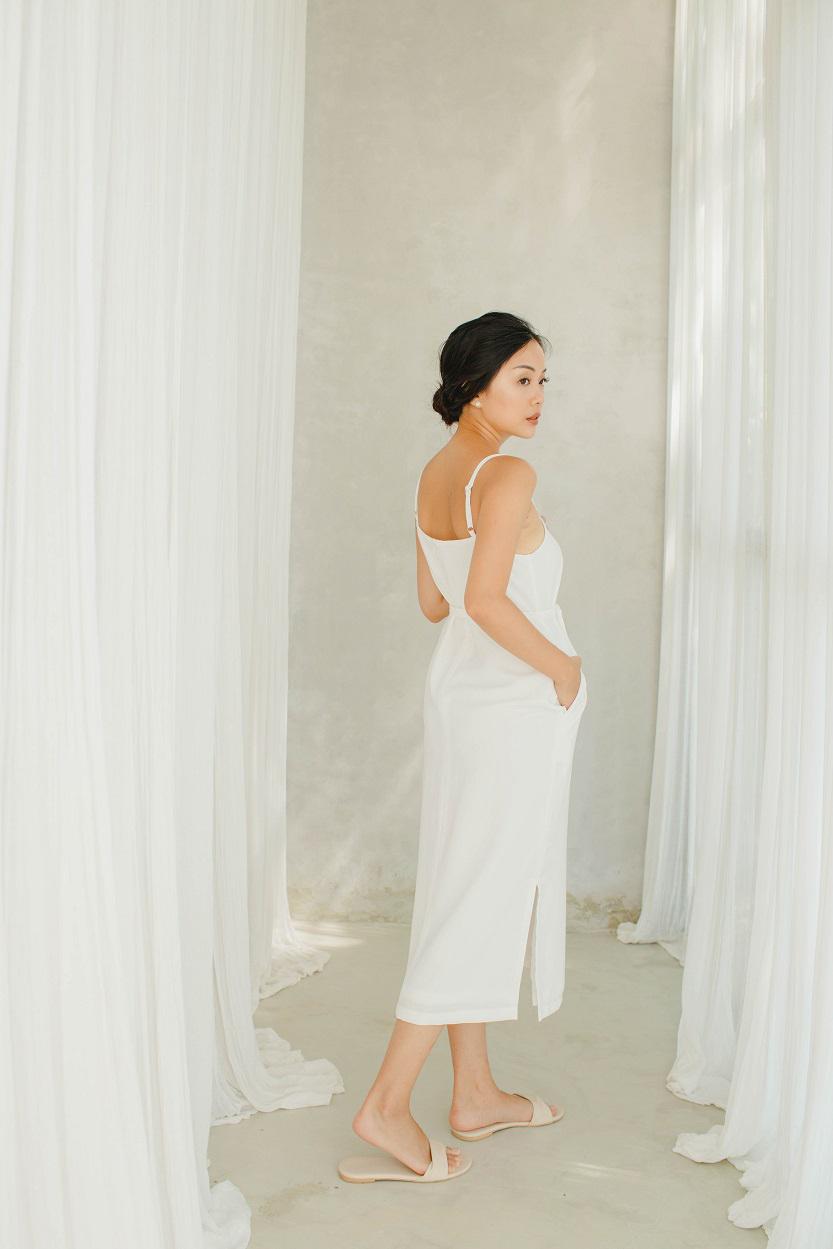 Picture of Arla in White