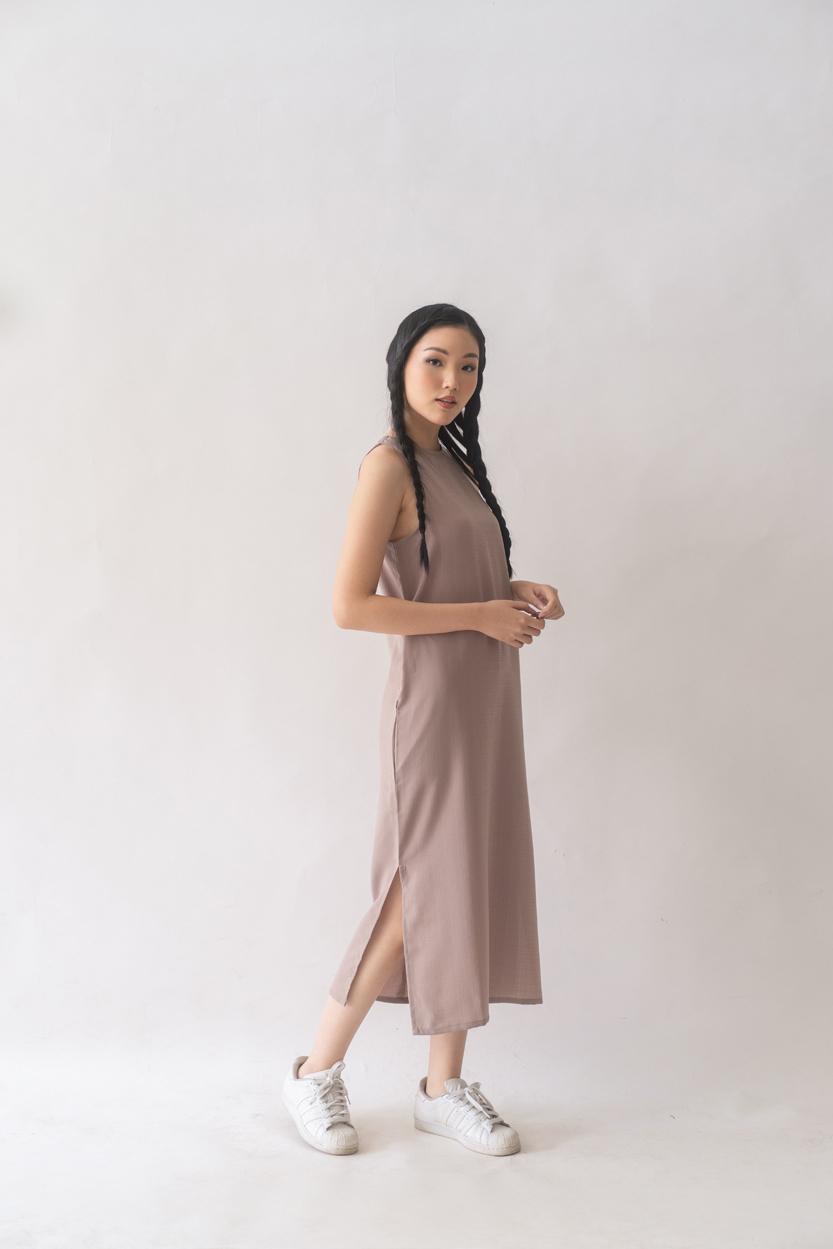 Picture of Kuri in Nude