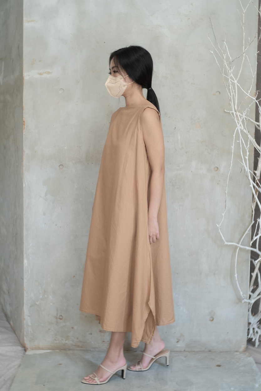 Picture of Ivy in Camel